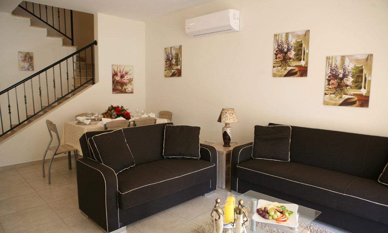 bedroom townhouse for rent peyia  aristo developers rentals, Bedroom designs