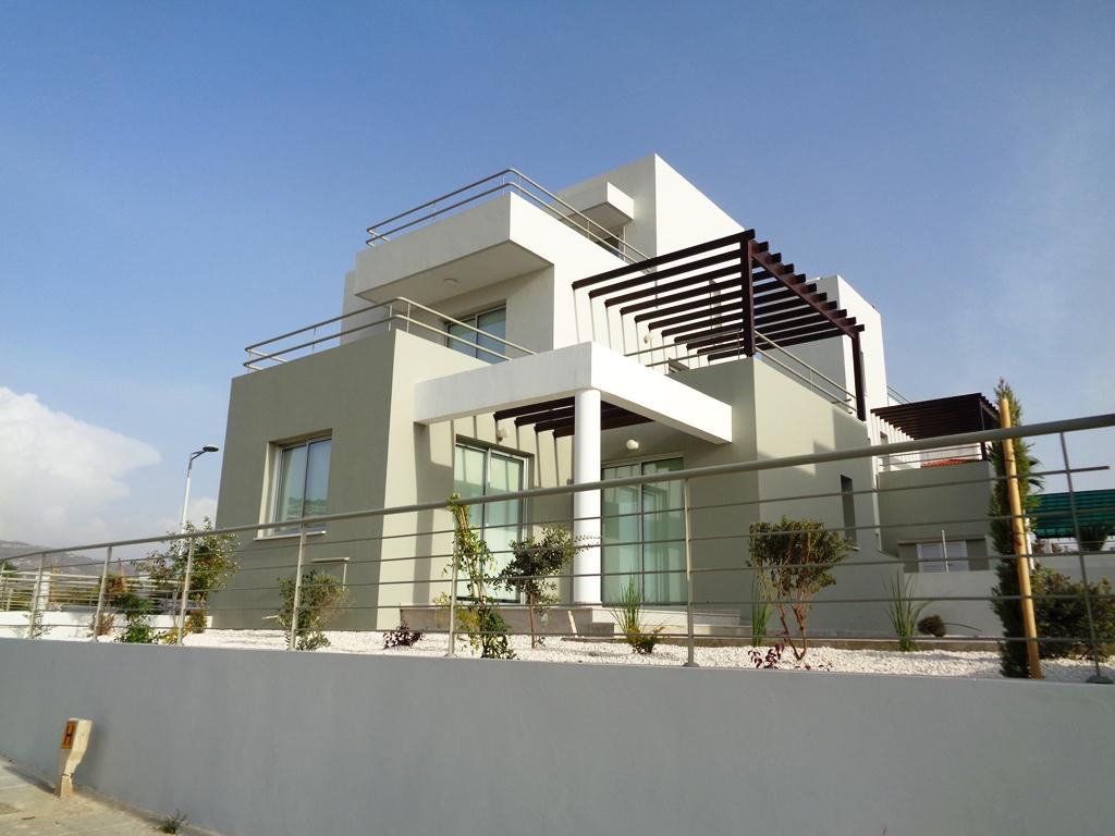 Peyia Villa For Rent